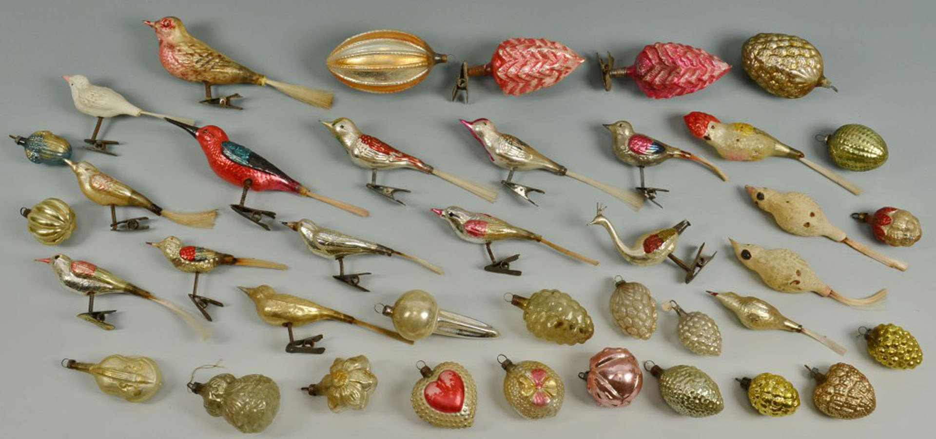 Lot 660: Large Grouping of Glass Christmas Ornaments
