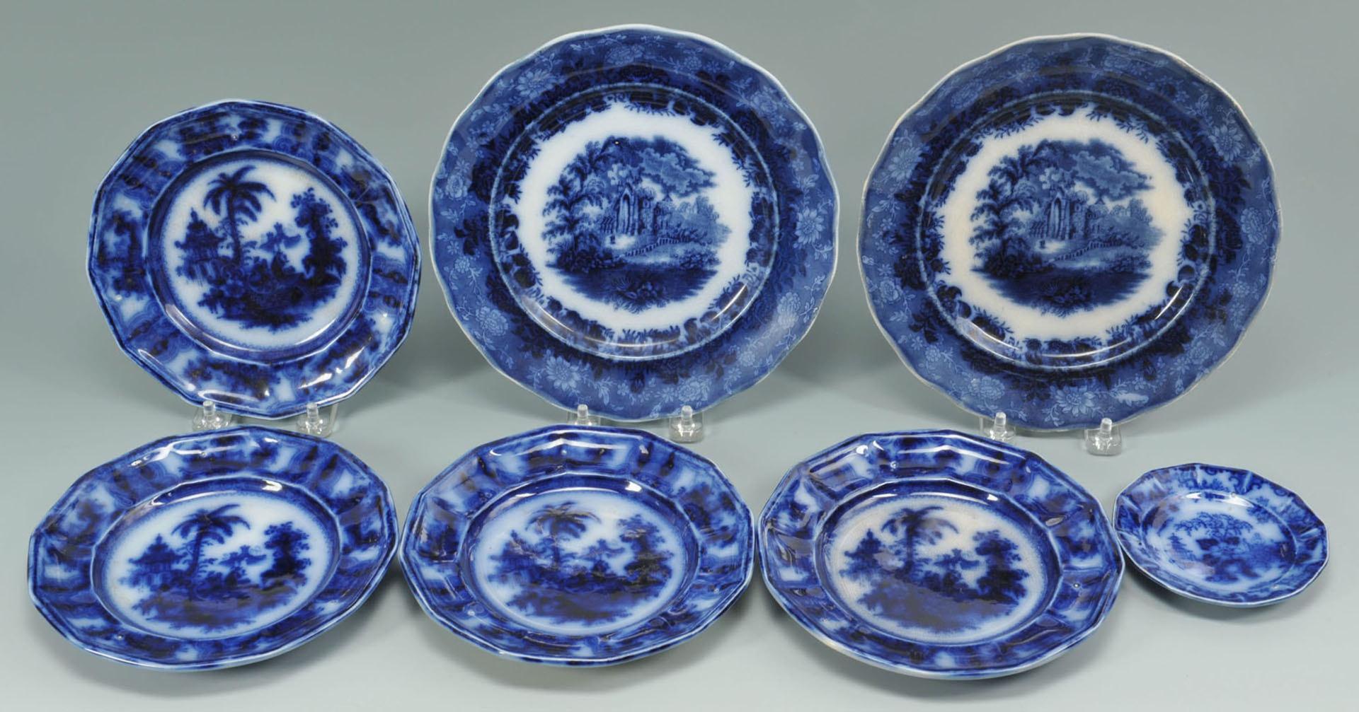 Lot 669: 12 pcs of English Ceramics, incl. Flow Blue