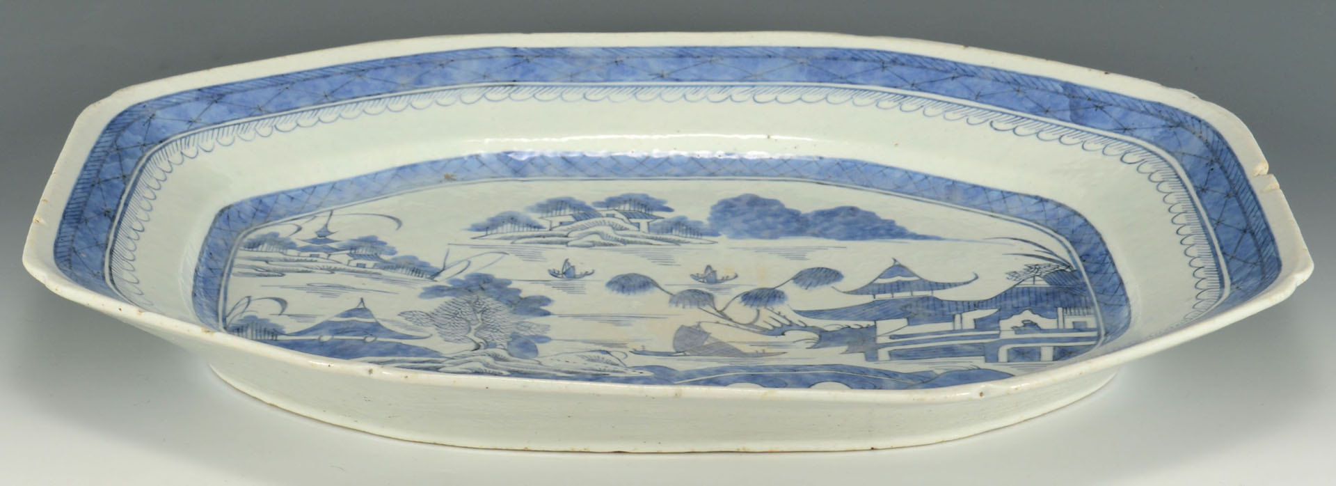 Lot 675: Blue and white Canton porcelain platter