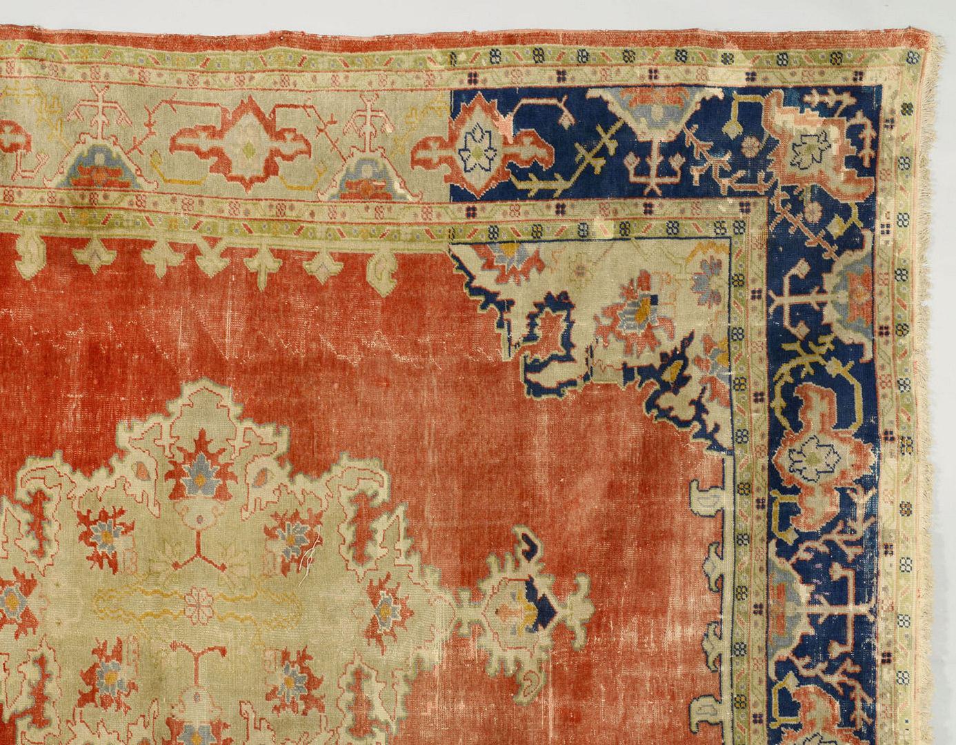 Lot 704: Semi-antique Turkish Ghiordes or Oushak Carpet