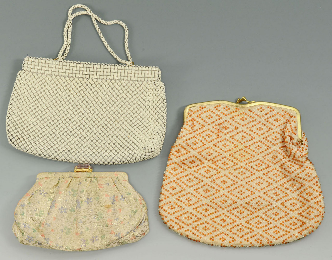 "Lot 710: 8 Ladies Vintage Evening Bags plus 60"" Necklace"