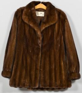 Lot 729: Ladies Brown Mink Jacket