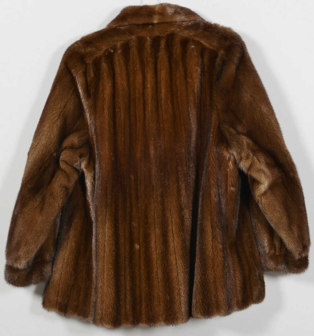 Lot 729: Ladies Brown Mink Jacket
