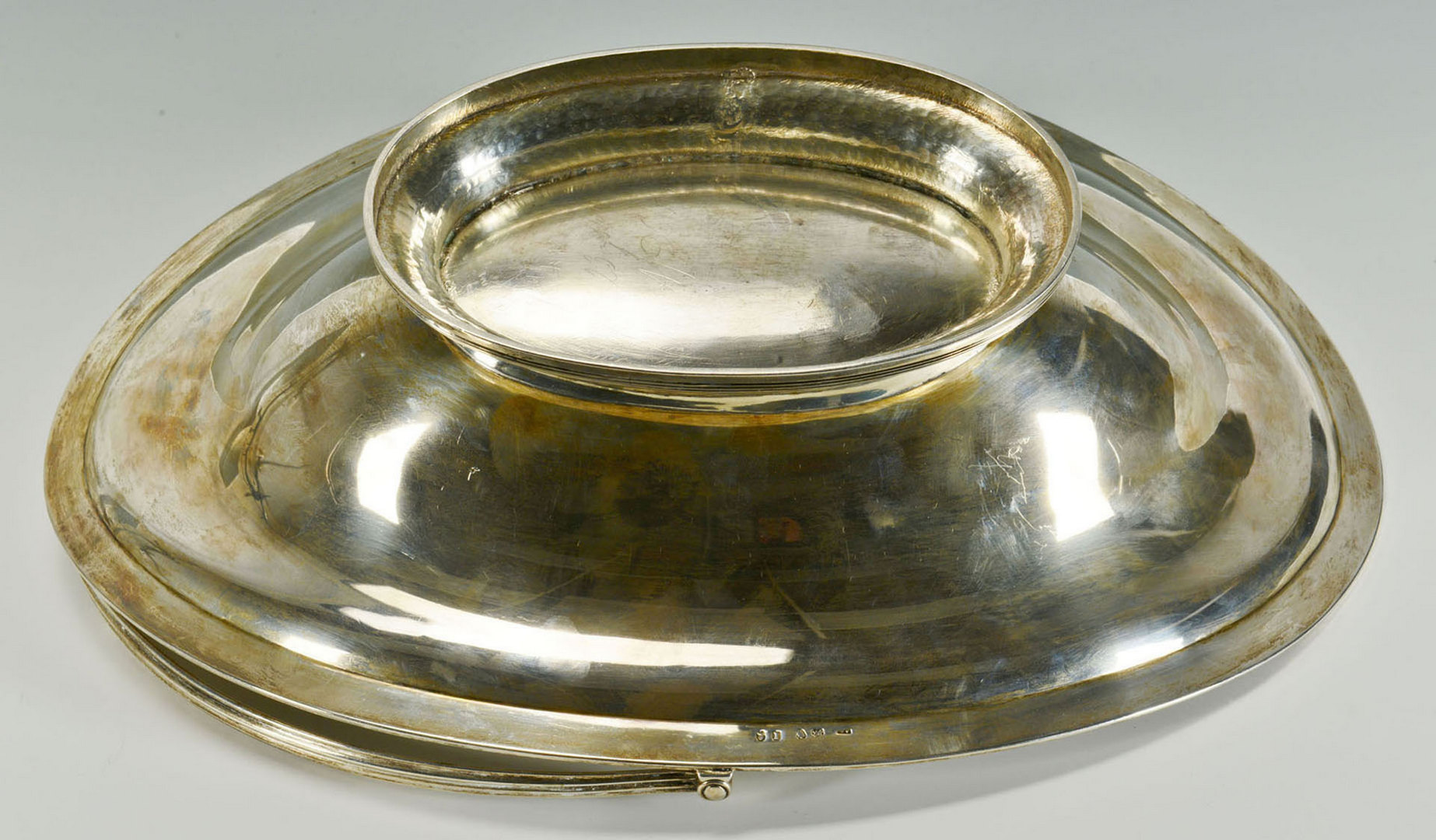 Lot 74: George III sterling silver cake basket