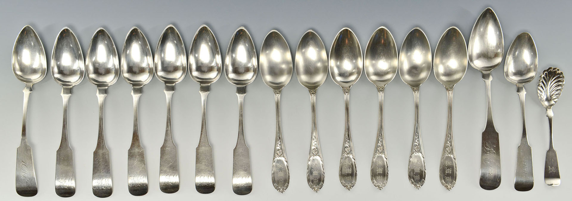 Lot 75: 16 pieces American coin silver flatware inc. Delaw