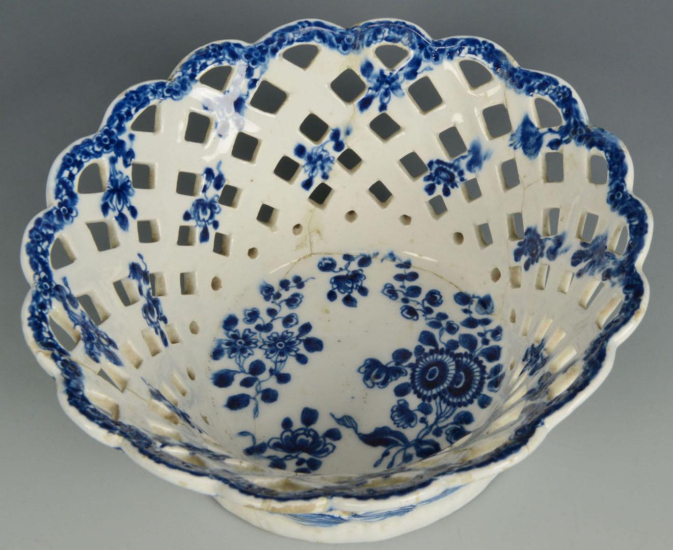 Lot 99: Pair pierced porcelain baskets attr. Bow