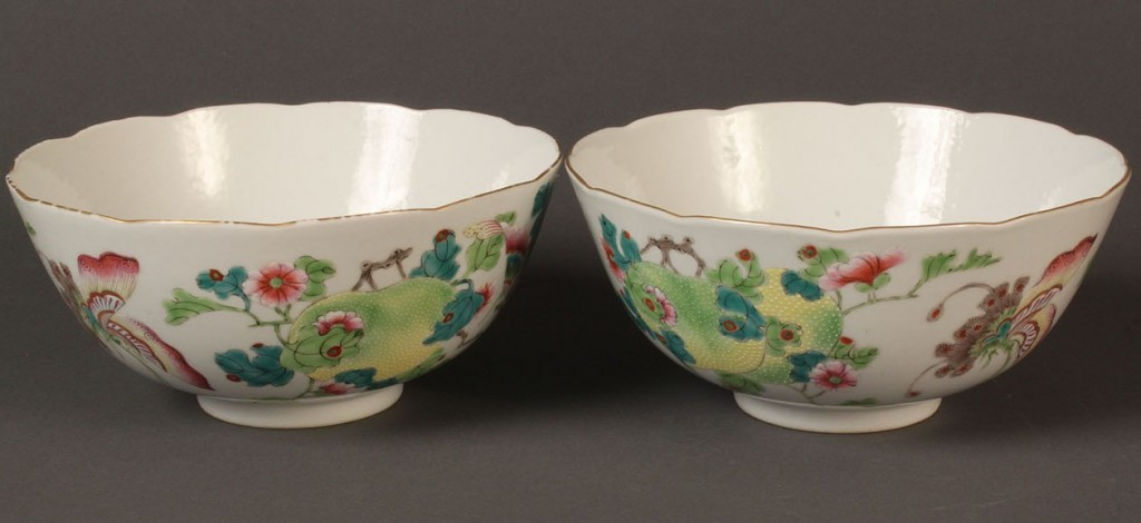 Lot 121: Pair of Chinese Famille Rose Bowls, Jiaqing mark