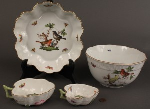 "Lot 135: Lot of 4 Herend ""Rothschild Bird"" items"