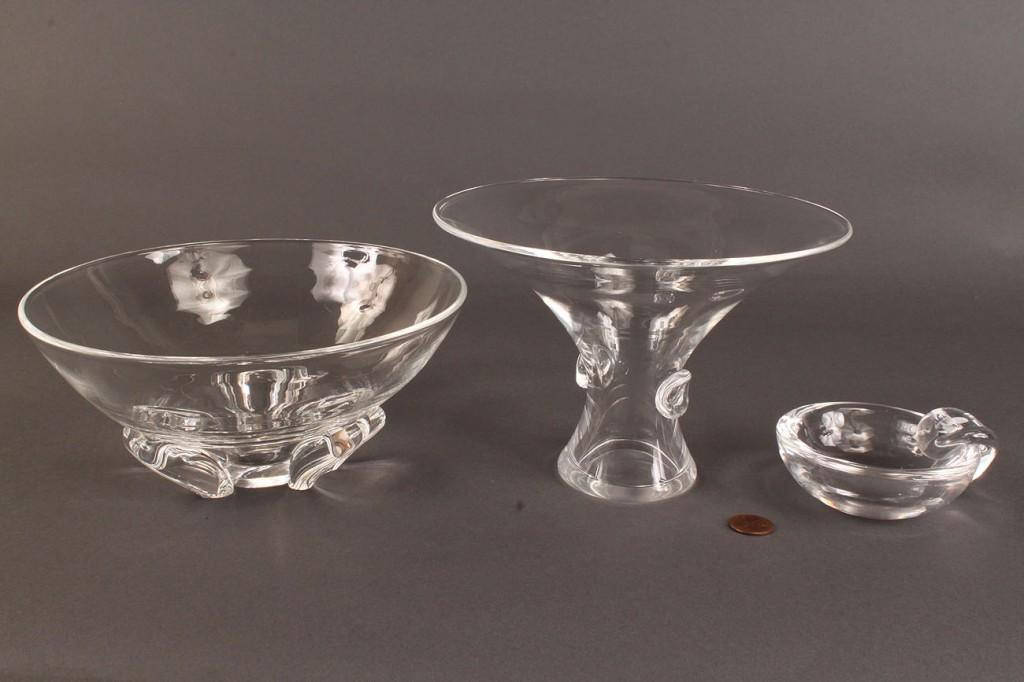 Lot 168: Lot of 3 Steuben glassware items