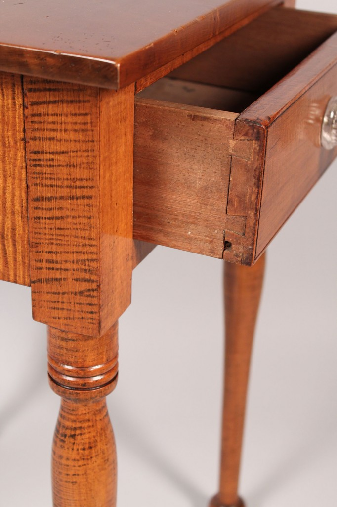 Lot 189: Tiger maple one drawer table or stand