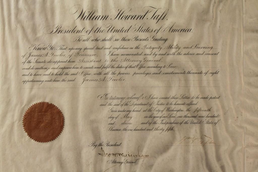 Lot 201: President T. Roosevelt & Taft signed documents