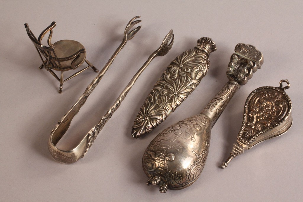Lot 216: 7 silver items, including miniatures