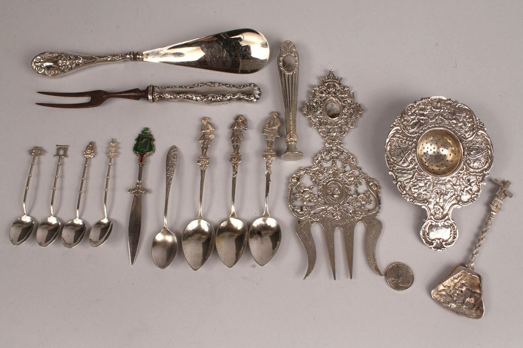 Lot 217: Lot of 15 silver novelty/souvenir items