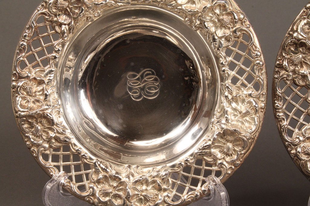 Lot 218: Lot of 8 sterling candy or nut dishes