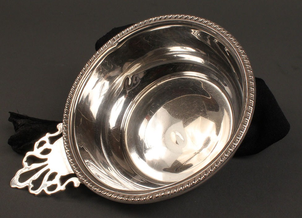Lot 232: Sterling Child's plate & porringer