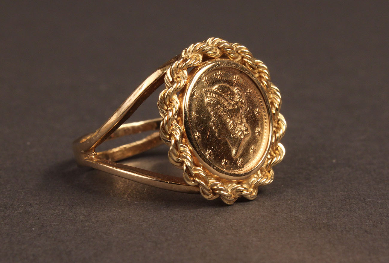 Attractive Lot 244: Ladies 14K Gold Coin Ring ID83