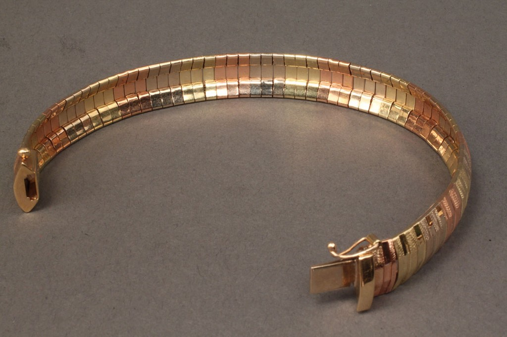 Lot 248: 14K tri-color mesh bracelet