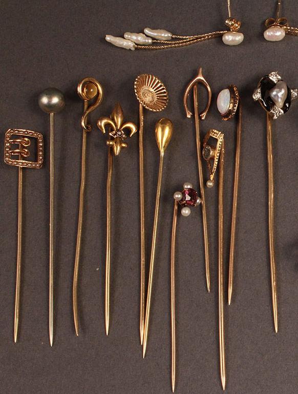 Lot 250: Assd. 14K Stick Pins & earrings
