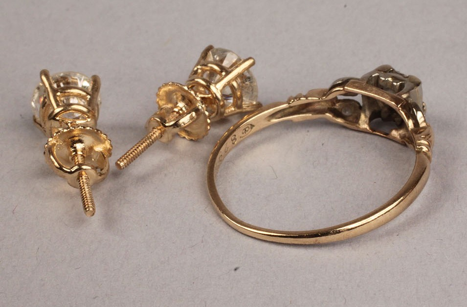 Lot 252: Lot of Diamond Jewelry: Pair Studs and Ring