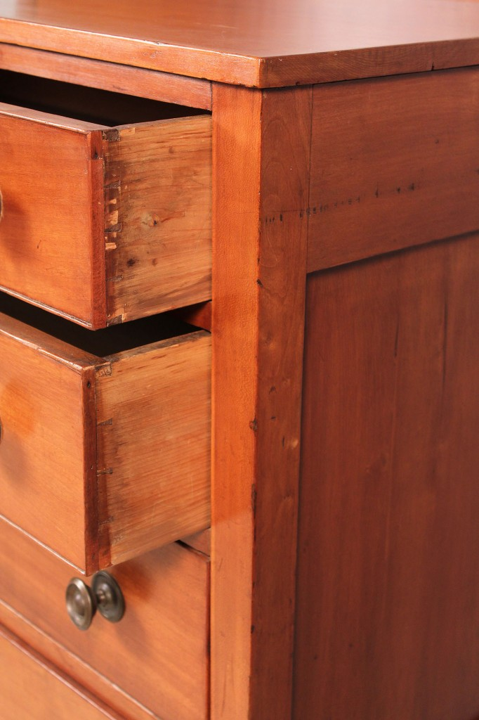 Lot 296: Sheraton Chest of Drawers, Mid Atlantic or New England