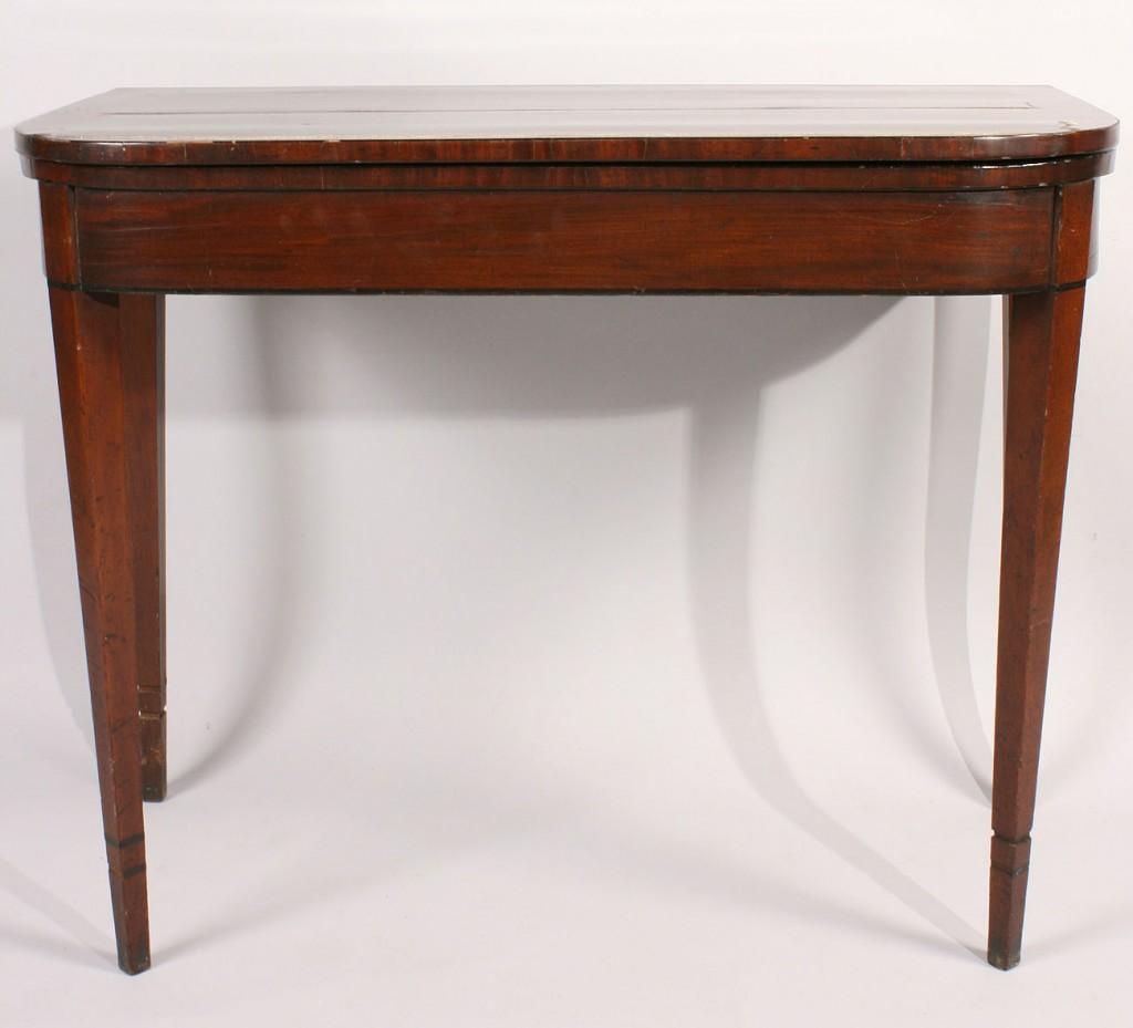 Lot 306: George III Mahogany Hepplewhite Card Table