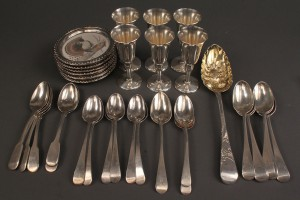 Lot 397: Assembled Lot of Sterling Tableware (34 Total Pieces)
