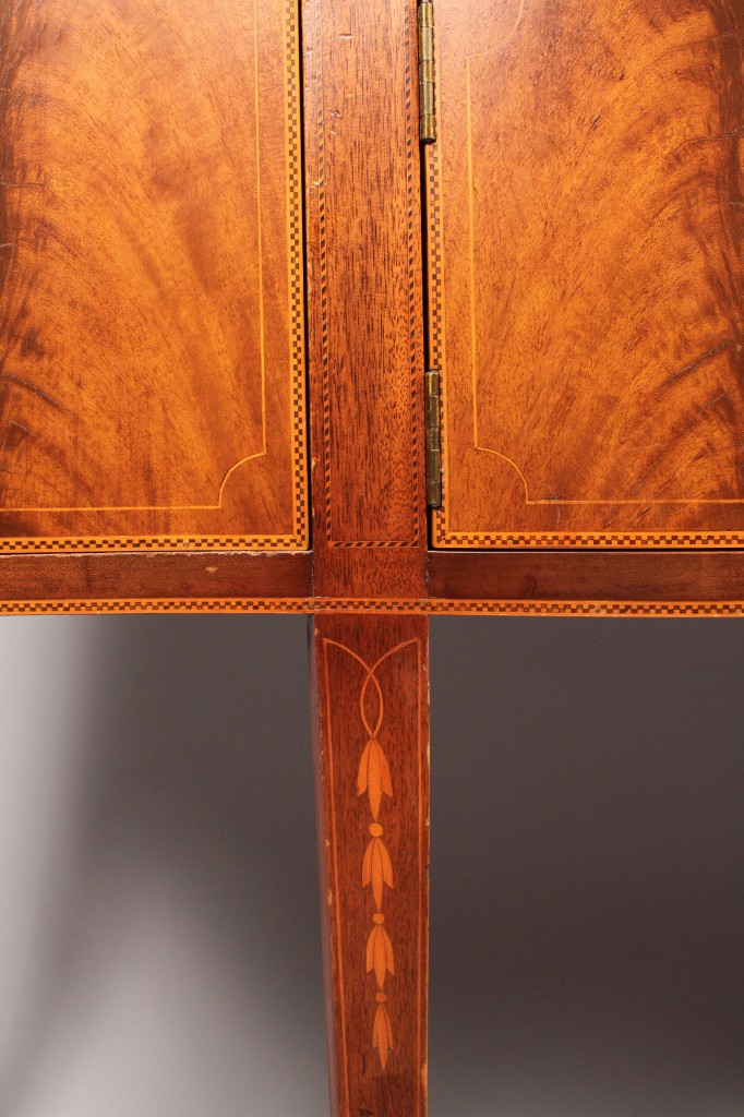 Lot 442: Biggs Inlaid Mahogany Sideboard