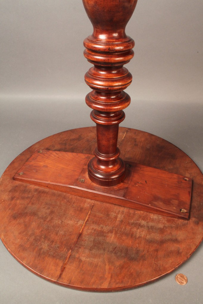 Lot 447: Lot of 2 Furniture Items, Table & Candle Stand