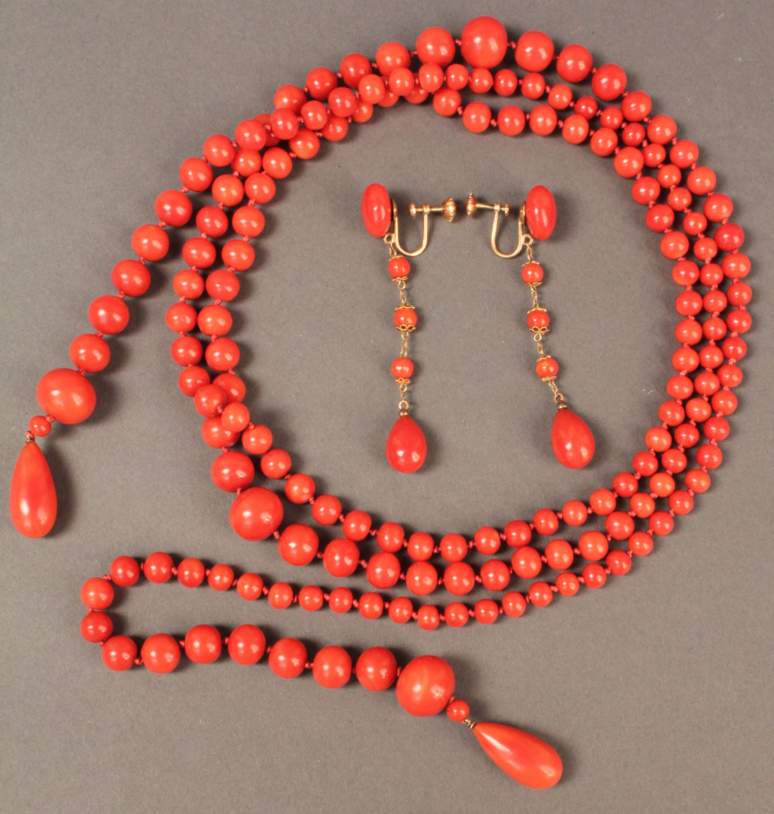 Lot 490 Red Coral Necklace 54 Quot And Earrings