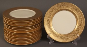 Lot 498: Assembled Set of gold rim porcelain plates, 18 pcs.