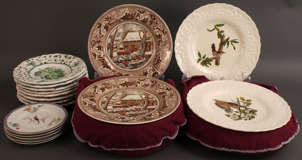 Lot 499: Lot of 4 Assorted Dinnerware patterns, various makers