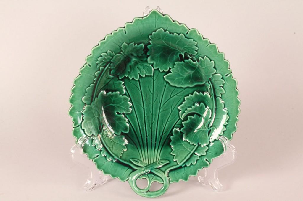 Lot 518: Assembled Lot of Majolica Porcelain, 11 pieces