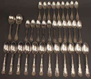 Lot 538: Lot of 34 sterling teaspoons, six patterns