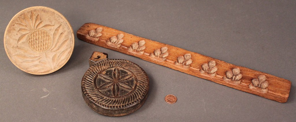 Lot 566: Lot of 3 carved wooden folk art items