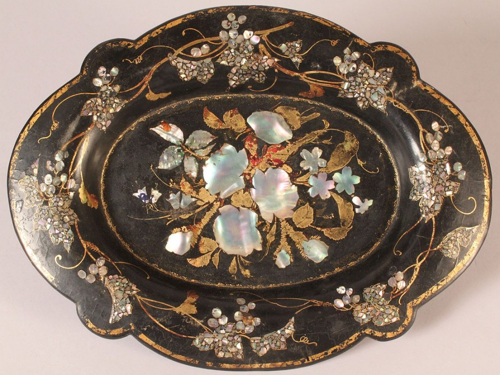 Lot 592: Lot of 4 Tole Trays
