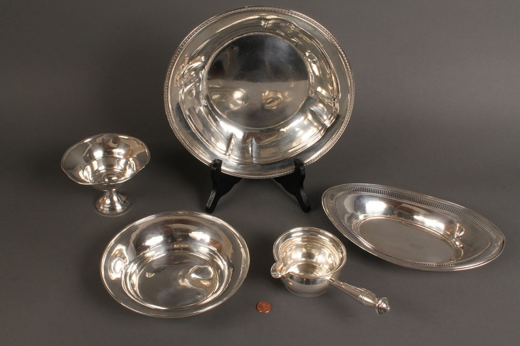 Lot 87: Assorted lot of sterling hollowware, 5 pcs.