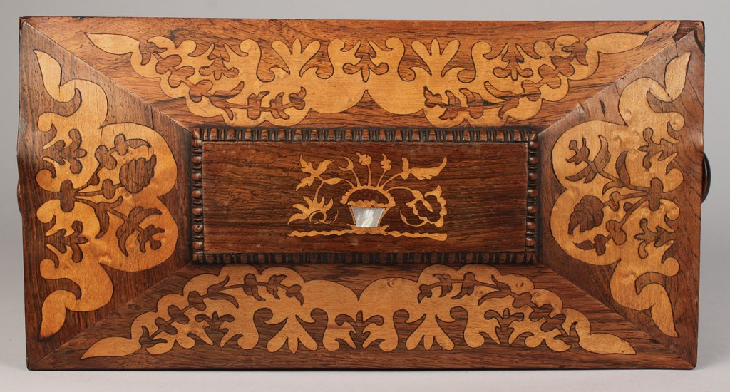 Lot 101: Rosewood marquetry tea caddy