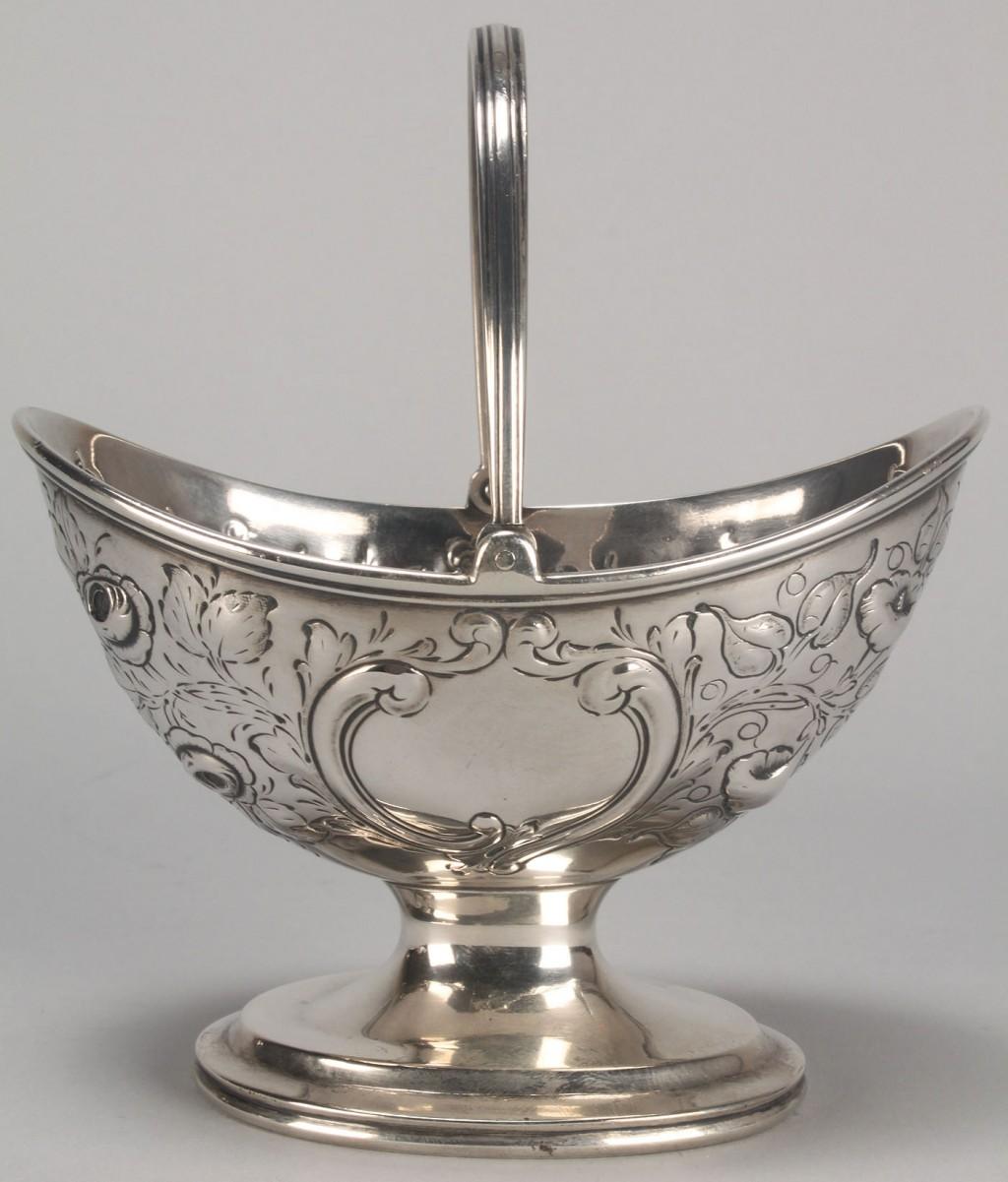 Lot 119: Coin silver basket, Eoff & Shepherd