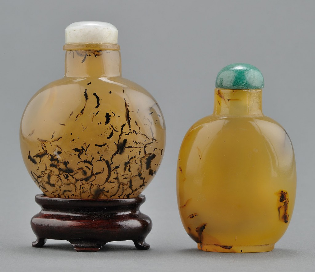 "Lot 12: 2 Chinese ""Shadow"" Agate Snuff Bottles, dentrites"