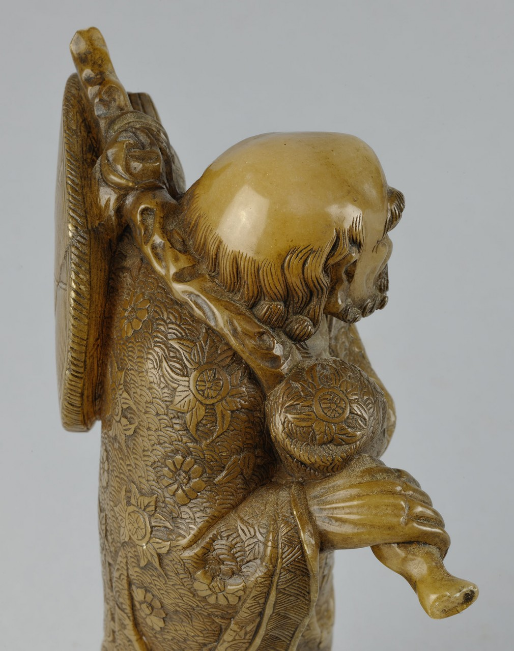 "Lot 220: Chinese Carved Shoushan Lohan ""Bodhidruma"""