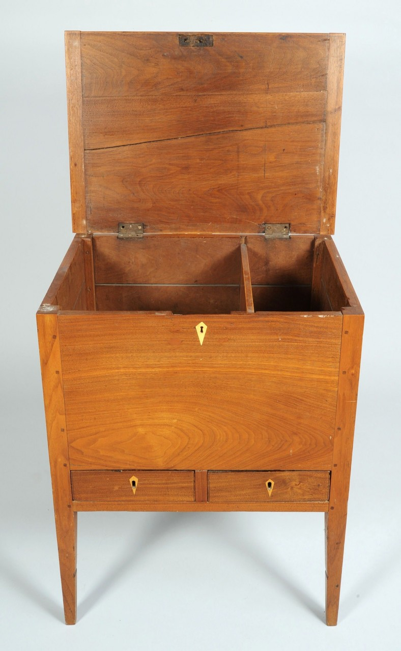 Lot 285: Middle Tennessee Hepplewhite Walnut Sugar Chest