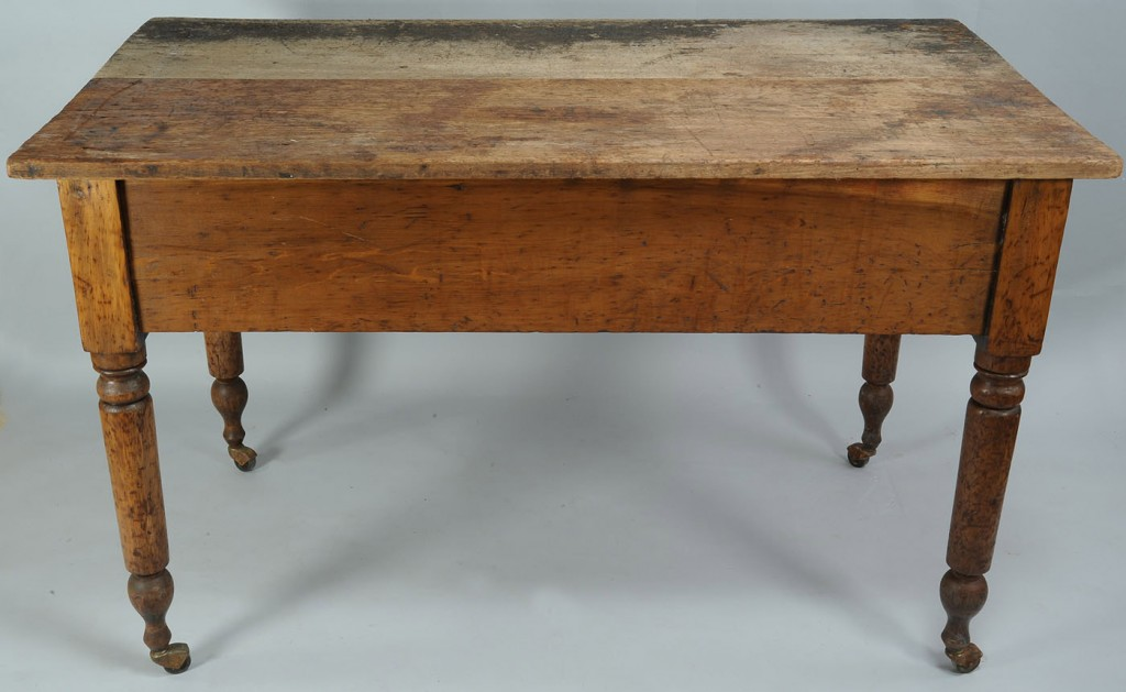 Lot 289: Large Tennessee Work Table