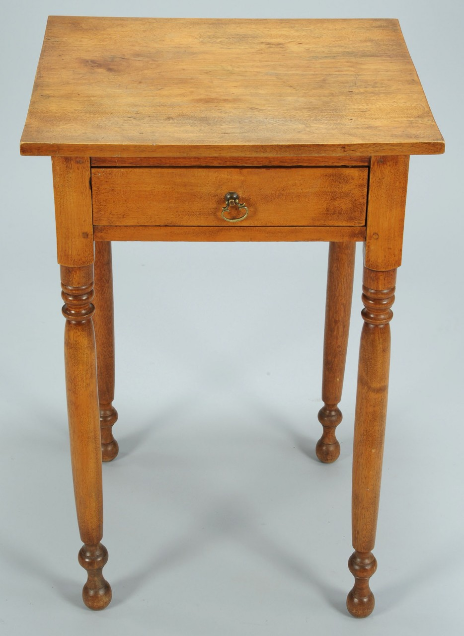 Lot 300: Mid Atlantic Sheraton Walnut One Drawer Stand