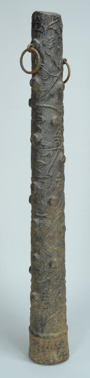 Lot 310: Tree form hitching post, cast iron