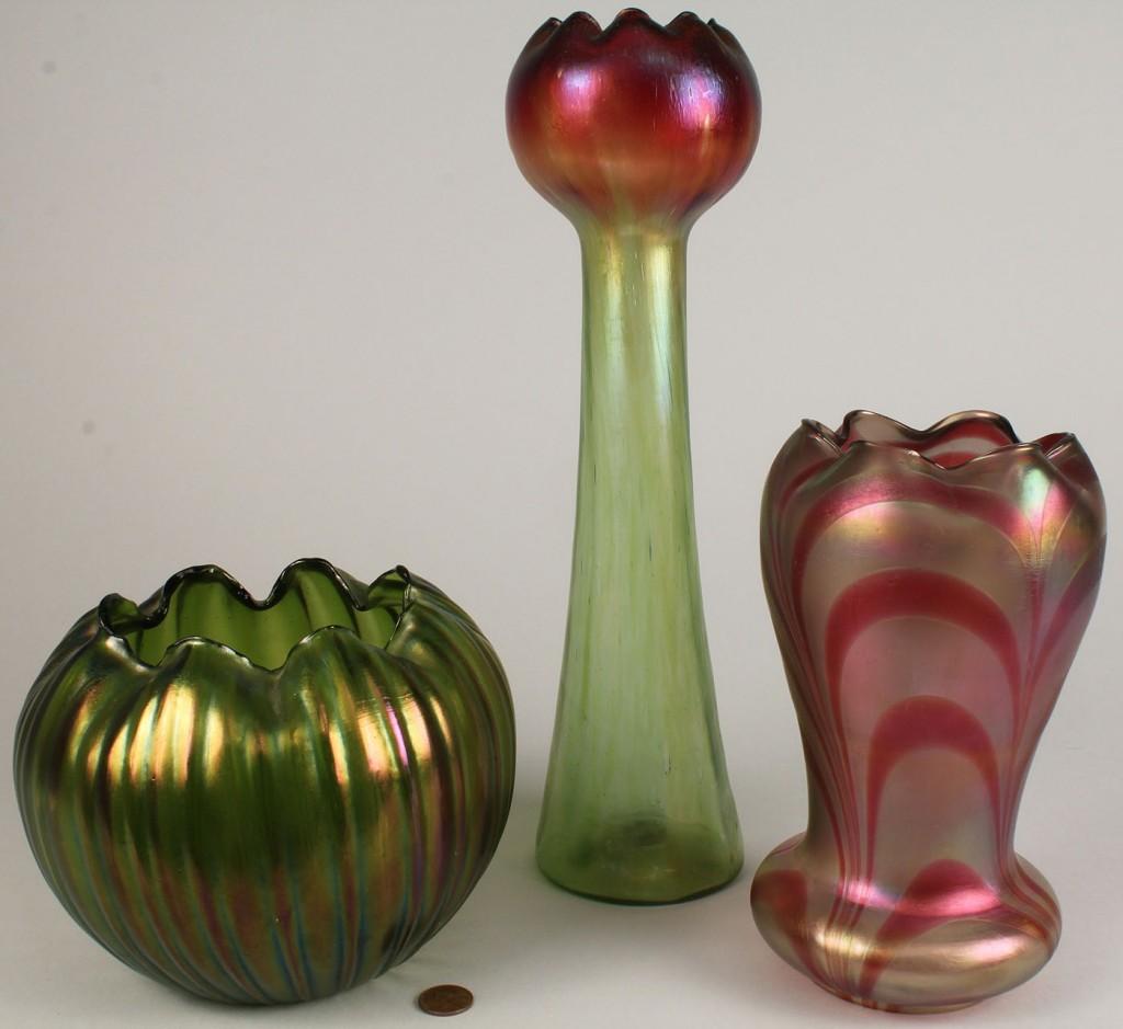 Lot 327: 3 Art Glass Items, Vase, Bowl & Lamp Shade