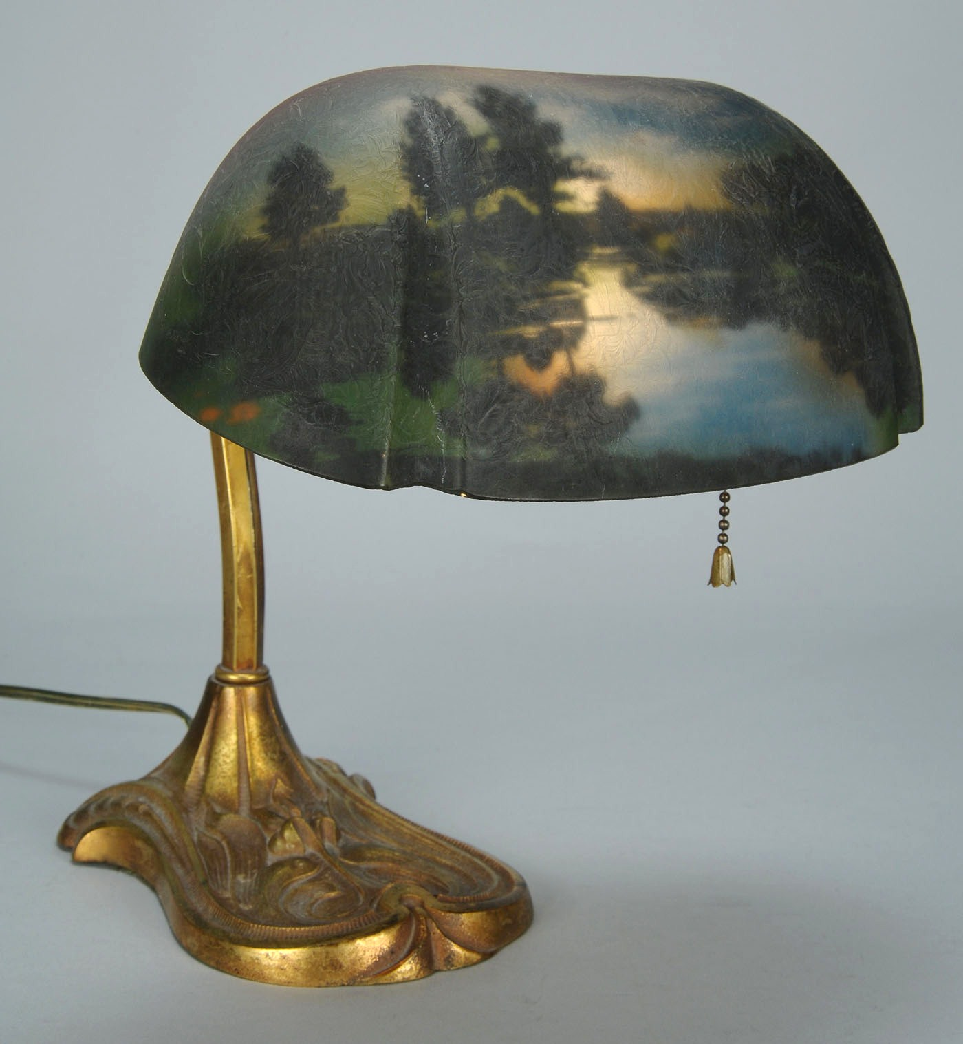 Lot 328 Pittsburgh Reverse Painted Desk Lamp 10 3 4 Quot H