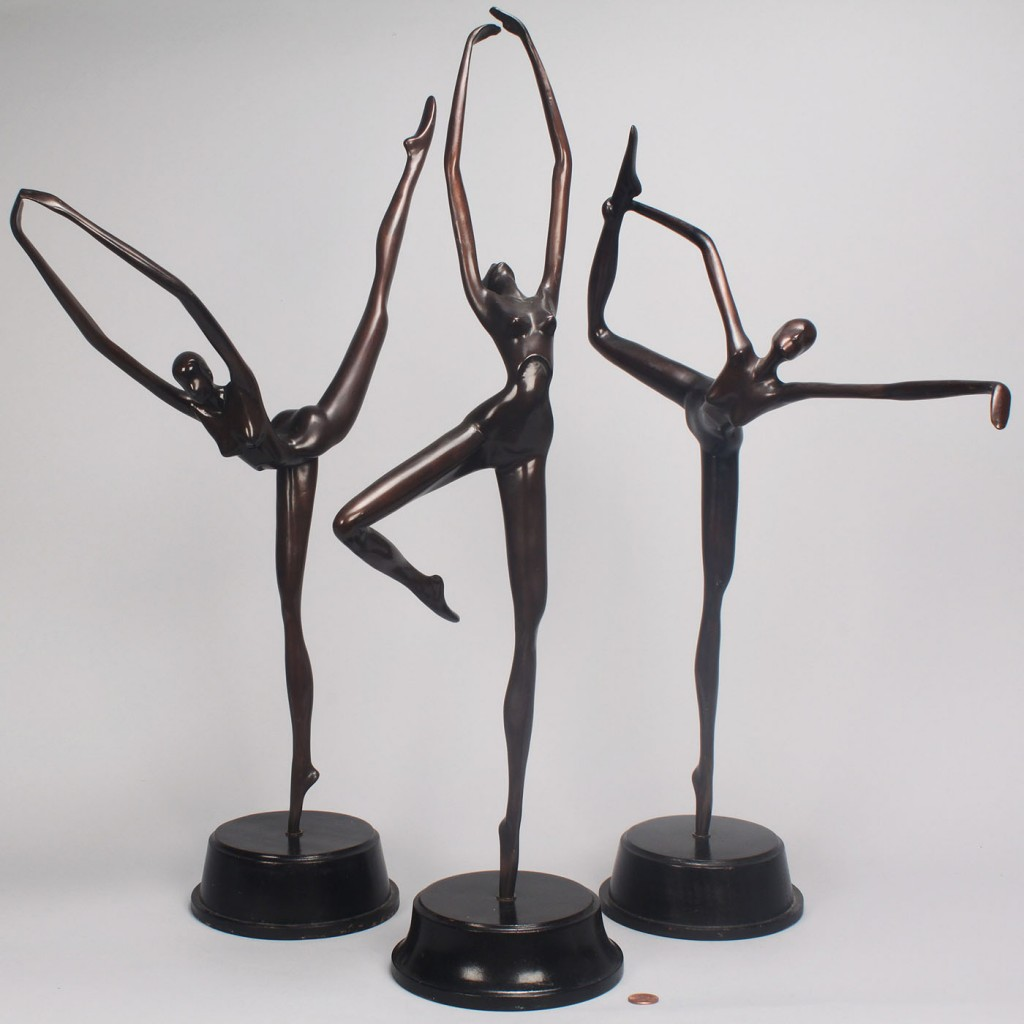 Lot 334: Group of 3 bronze dancers, Hattakitkosol Somchai