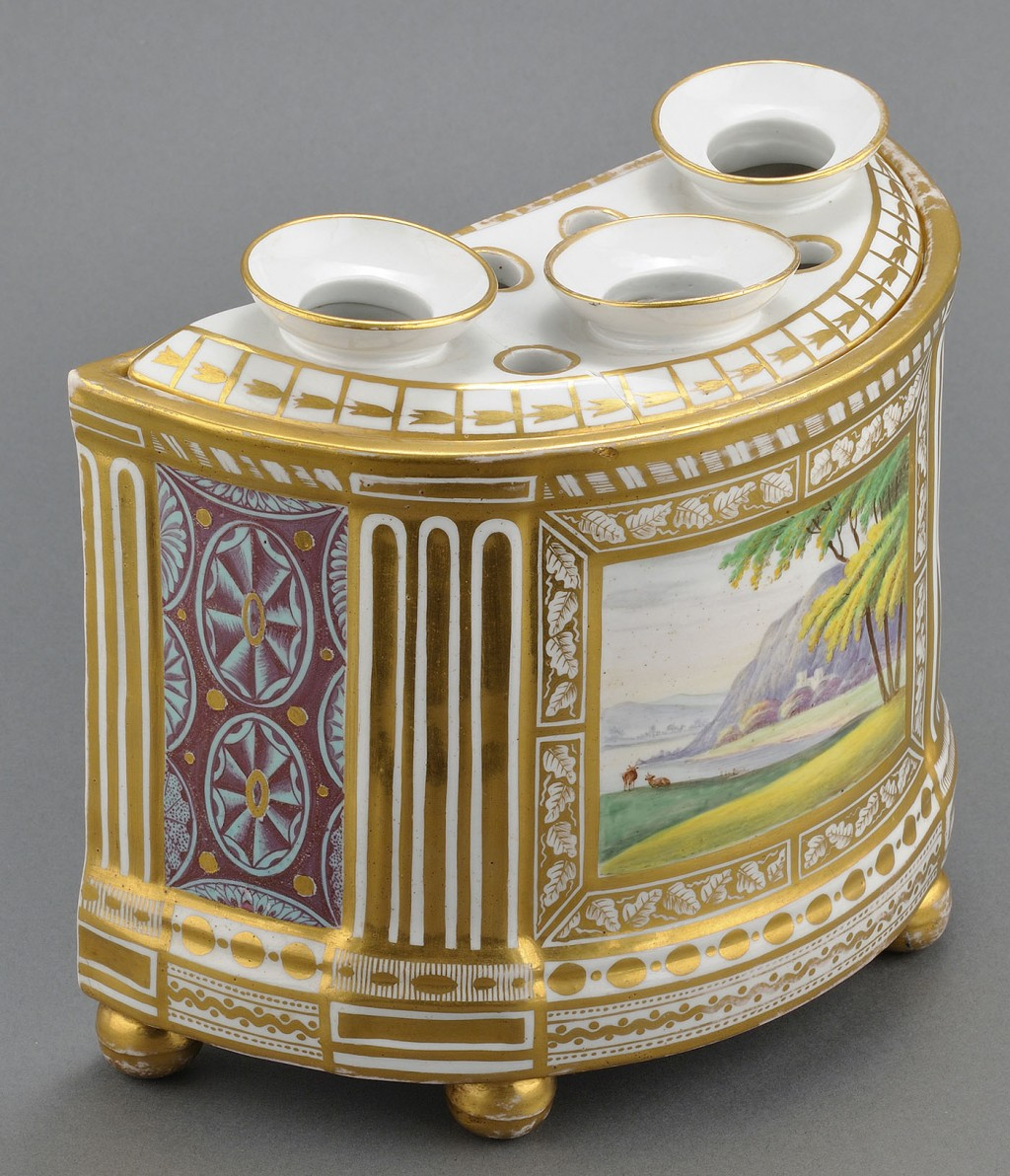 Lot 349: Porcelain bough pot, attr. Derby