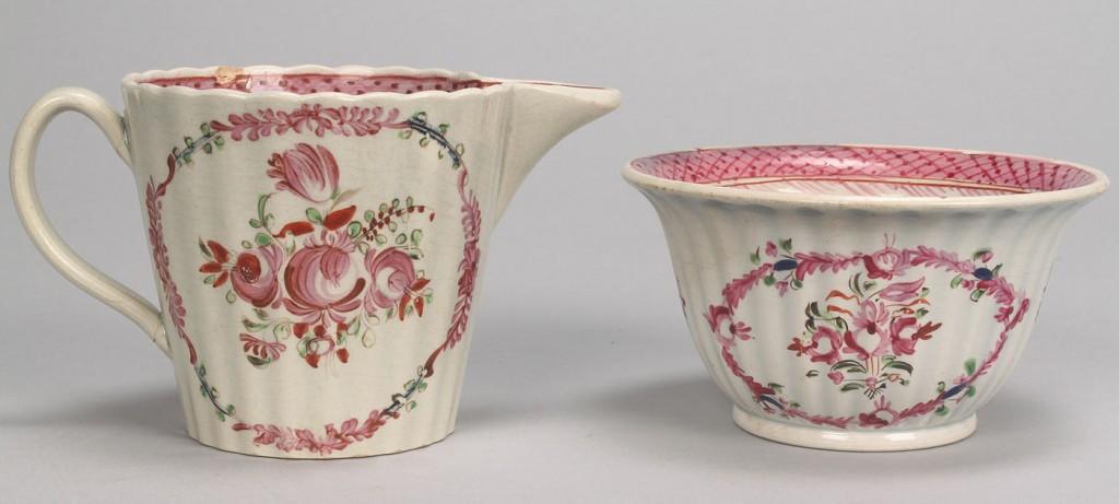 Lot 355: Lot of 4 enameled creamware / pearlware tea items