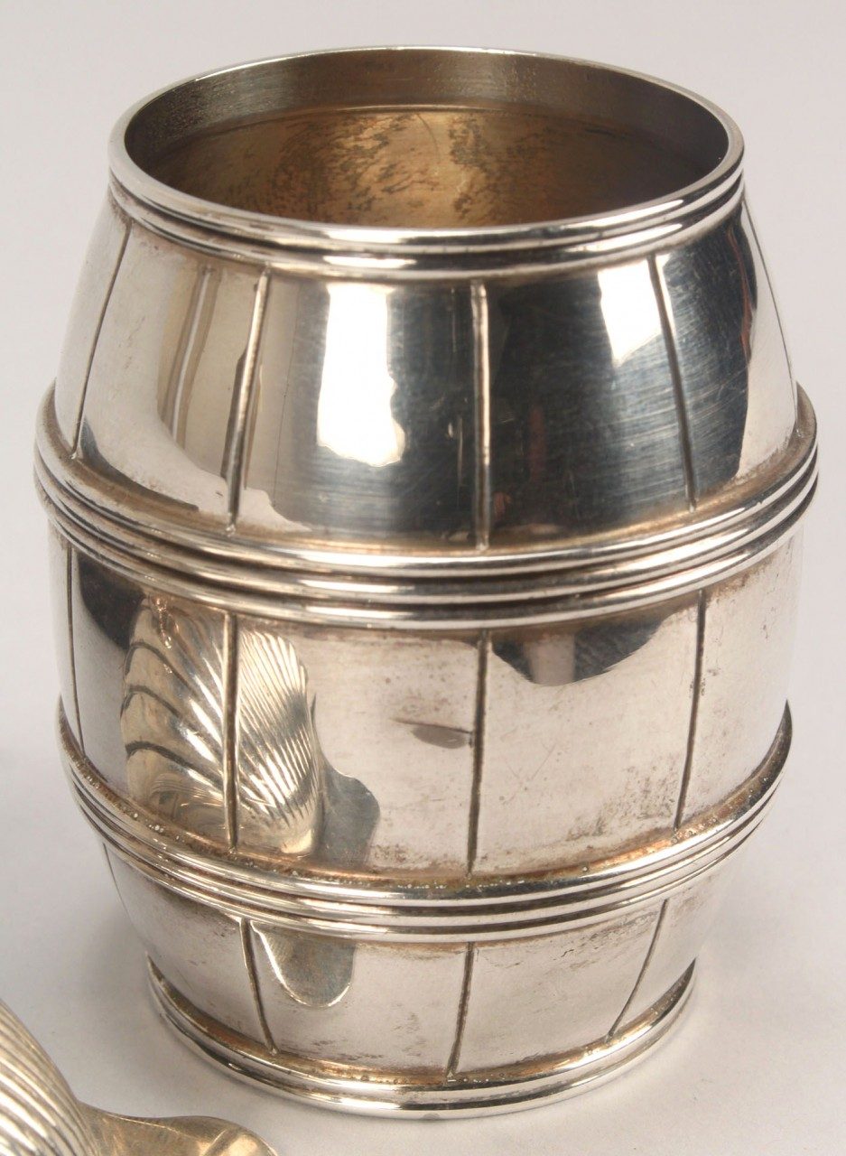 Lot 377: Tiffany sterling barrel and shell dish
